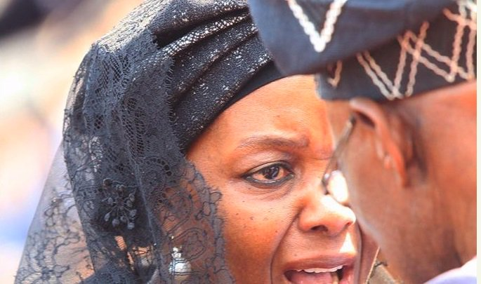 Ex-Zimbabwean First Lady, Grace Mugabe Cries To Obasanjo At Funeral Service (Photos)