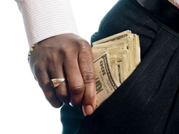 Get Rich Quick!! Do These 7 Things In Your 20s and Enjoy Your 30s As A Rich Person (READ)
