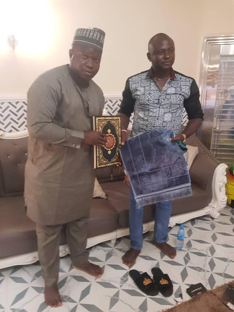 Kogi East Senator pay condolence visit to APC Zonal Chairman